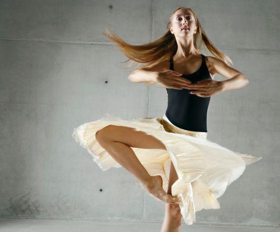 En Dehors Dance Definition Essay - image 10