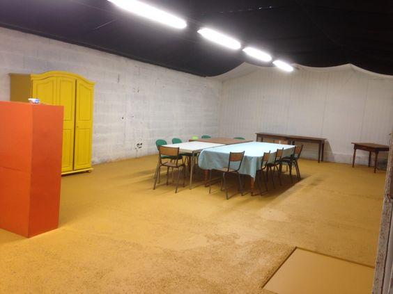 Une salle a votre disposition pour organiser vos cours et vos stages au Hang´Art des Créateurs a Tignieu ( nord Isère )