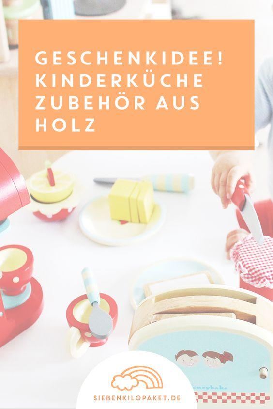 hübsches spielzeug für kinderküchen - das auge isst mit!   toaster