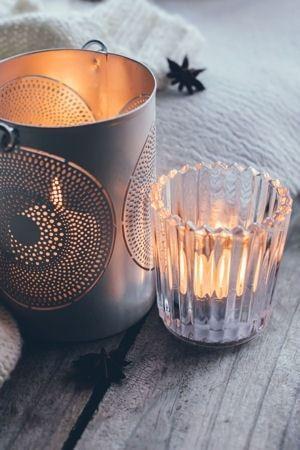 """Une bougie """"rafraîchissante"""" : Desrecettes de bougies maison pour un intérieur sain et parfumé - Linternaute"""