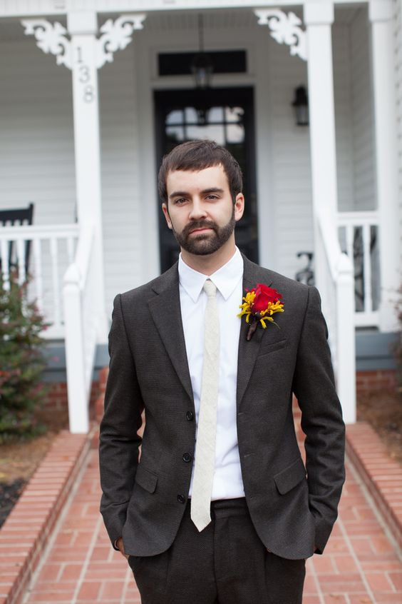 Fall Wedding Inspiration for the groom! Love the off white tie and the colorful boutonniere
