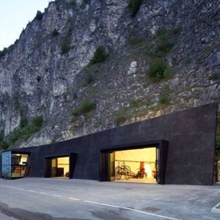 To the #batcave  #Architecture #Mancave #Mountain
