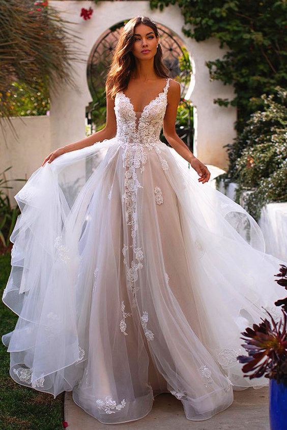 Winsome Tulle V-neck Neckline A-Line Wedding Dresses With Beaded Lace Appliques