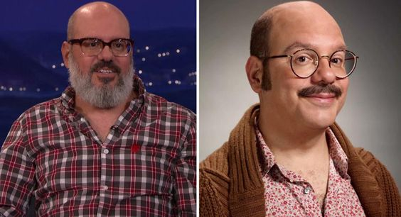 """David Cross Had To Fight For Tobias Fünke's Mustache On 'Arrested Development' -  David Cross Had To Fight For Tobias Fünke's Mustache On 'Arrested Development' The mustache seems like such an integral part of Tobias' character but our favorite blow hard was nearly facial-hair-less when a producer started imposing some arbitrary """"rules of comedy"""" on Cross. Fecha: August 31 2016 at 08:38AM via Digg: http://ift.tt/2bS2DS7 - Sigueme en mi página de Facebook: http://ift.tt/1NtBgGY - Etiquetas…"""