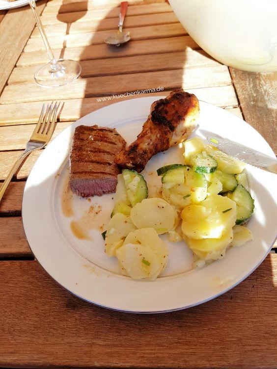 Das Salat passt toll zum Grillen.