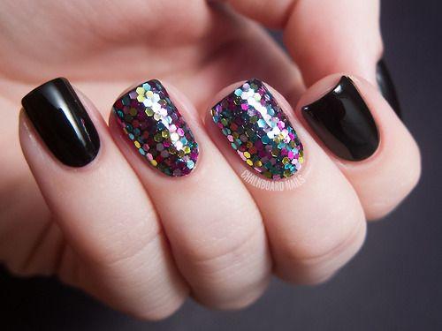 31 Day Challenge 2012Day 17: Glitter  Loose nail art glitterOPI Black Onyx