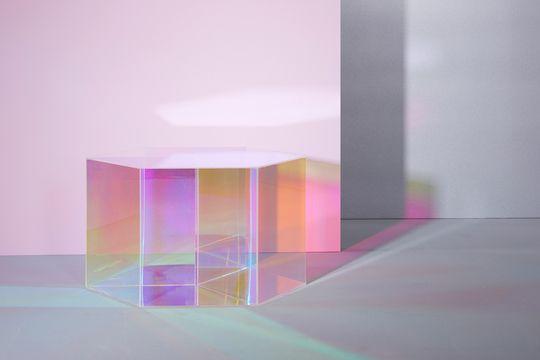 Iridescent   NINA LEMM - design