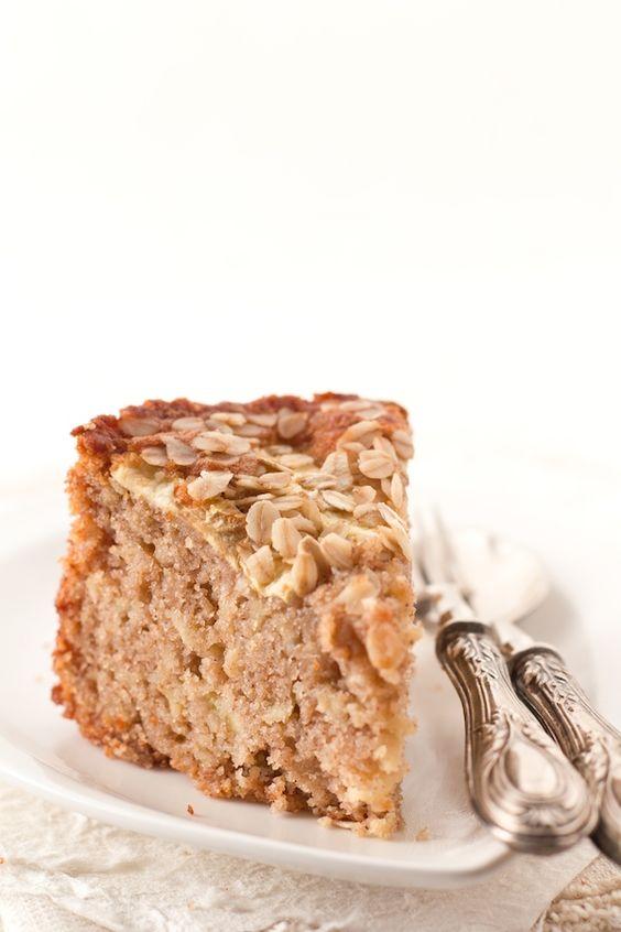 Torta di mele, cannella e fiocchi di avena {apple pie, cinnamon and oatmeal cake} from @Sweetie's Home