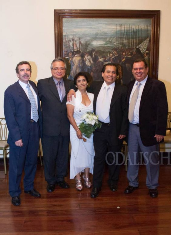Bodas de Plata de Alfredo y Clidelia Lima - Perú  To see more photos get in: www.facebook.com/... odalischm.500px.com/  Number to contact the photographer: 992527295