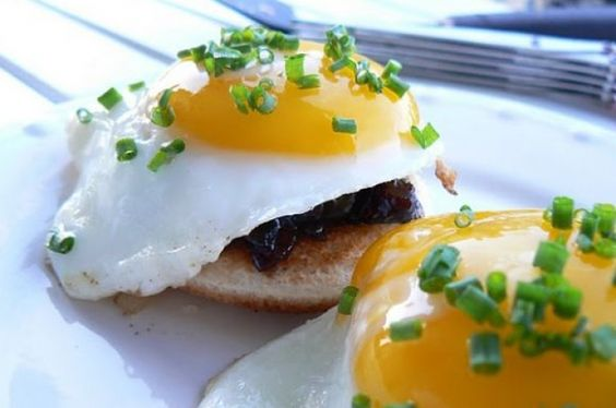 ... fried eggs recipe | rico | Pinterest | Fried Eggs, Bacon Jam and Bacon
