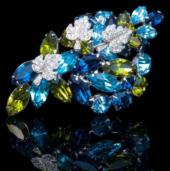 Dazzling Diamante & Rhinestone  Vintage William Hobé 3 Piece Parure