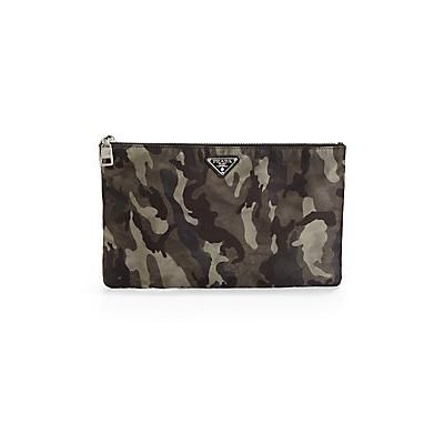 €216, Dunkelgraue Camouflage Leder Clutch Handtasche von Prada. Online-Shop: Saks Fifth Avenue. Klicken Sie hier für mehr Informationen: https://lookastic.com/men/shop_items/63177/redirect