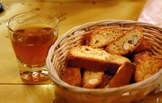 Cantuccini di Prato con Vin Santo