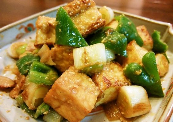 Atsuage and Green Pepper Stir-Fried in Miso Sauce