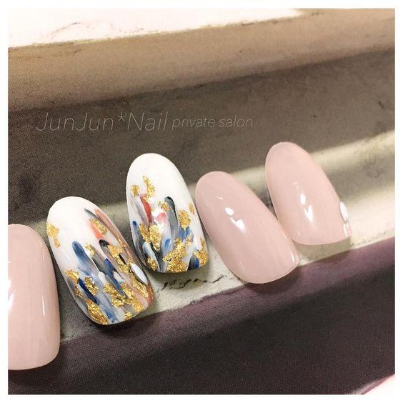 Simple dash nails