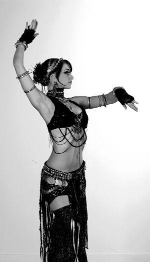 Samantha Emanuel tribal fusion bellydance. Originally pinned by Jenny Blackbird