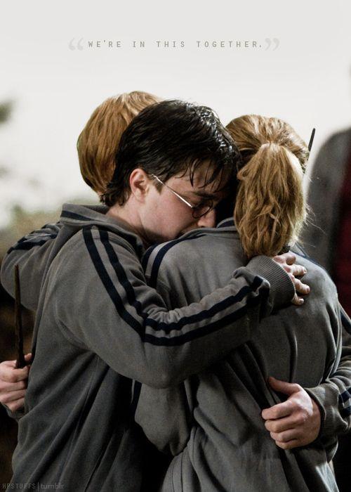 Heureux De Voir Que Vous Etes Toujours Sur Le Net Je Espere Que Vous Etes Ok Un 2018 Merveill Harry Potter Tumblr Harry Potter Background Harry Potter Images