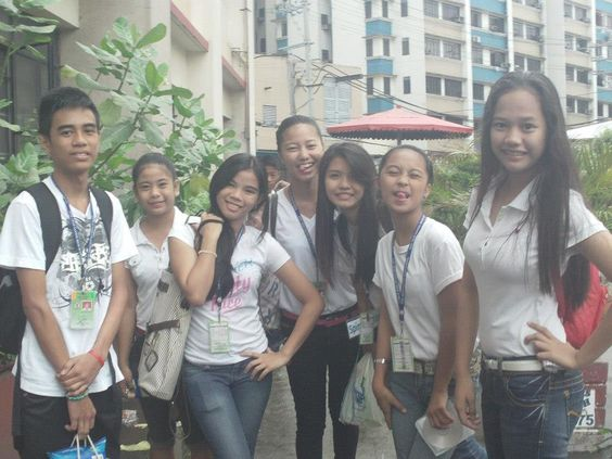 Hi. With Them XD Kulang kme ;0