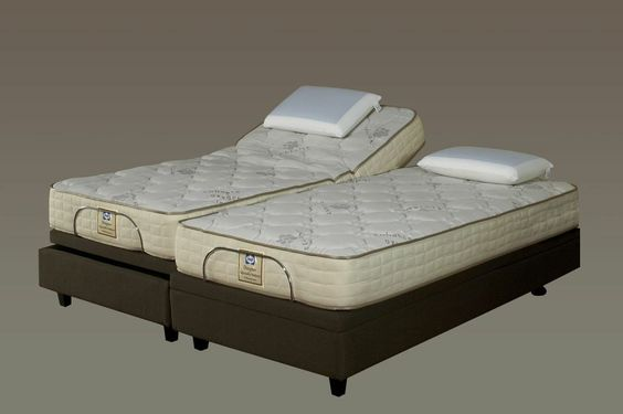Awesome Sealy Motion Bed! Ahhhhh ..... The absolute ultimate in sleeping pleasure!