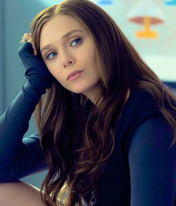 Elizabeth Olsen ... http://celevs.com/the-10-sexiest-photos-of-elizabeth-olsen/