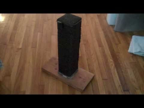 How to Make a Scratching Post that Actually Works: Cat Uses This Homemad...