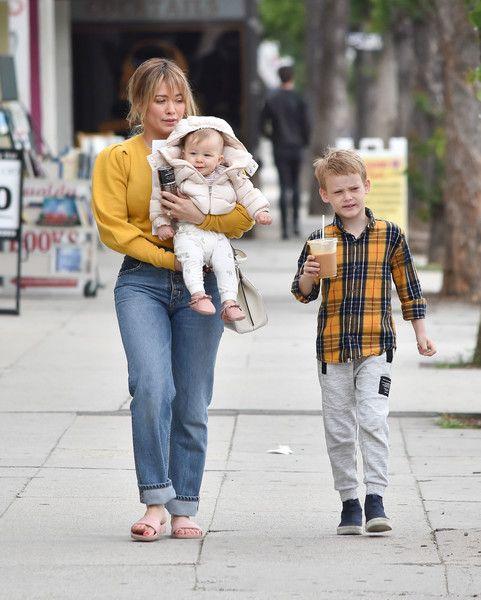 Hilary Duff Photos Photos Hilary Duff Is Seen Out With Her Kids Hilary Duff Hilary Duff Kids Hilary Duff Style