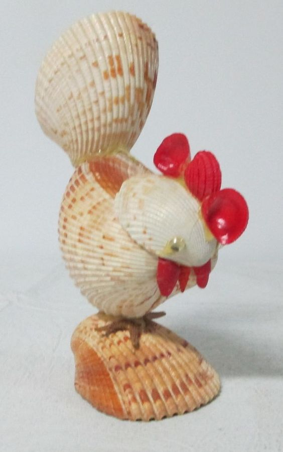 Vintage rooster figurine made of shells roosters shells for Animals made out of seashells