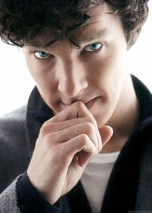 Benedict Cumberbatch one day perhaps you will  look at me that way.
