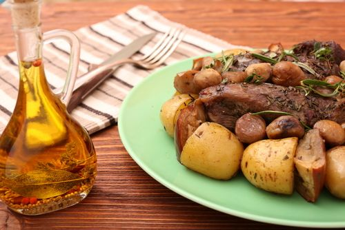 Receta De Redondo De Ternera Al Horno Con Manzana Unareceta Com Recipe Food Meat Beef