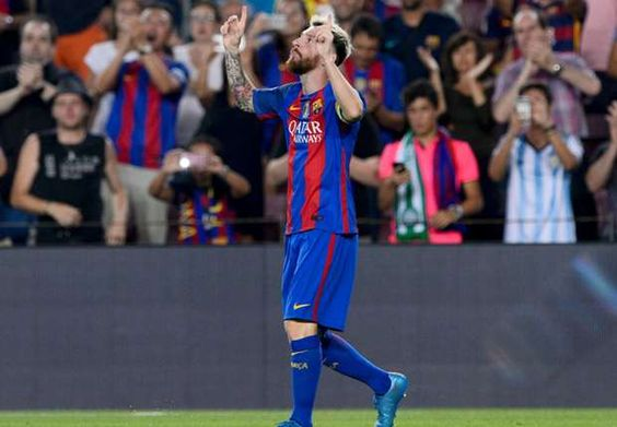Barcelona coach Luis Enrique has described Lionel Messi as the embodiment of total football after he struck a record-breaking hat-trick in Barcelona's thrashing of Celtic on Tuesday. Messi became the first player to score three goals in a game for the sixth time in Europe's top competition, as he inspired the home side to a 7-0 win over the Scottish champions at Camp Nou. via @Goal #footballplanetcom #luisenrique #lionelmessi