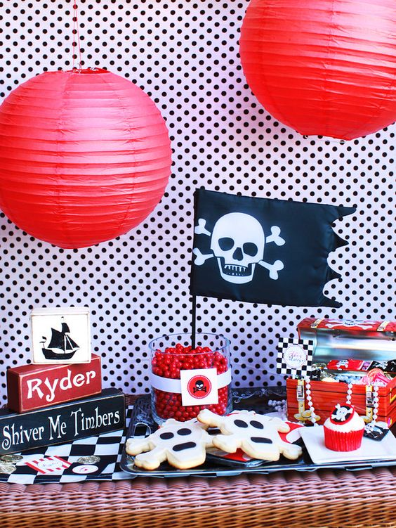 4 cool birthday party themes for boys: pirate party, candy party, cowboy party, golf party: Pirate Party, Kids Birthday, Birthday Parties, Party Themes, Pirate Birthday, Party Ideas, Birthday Ideas, Birthday Party