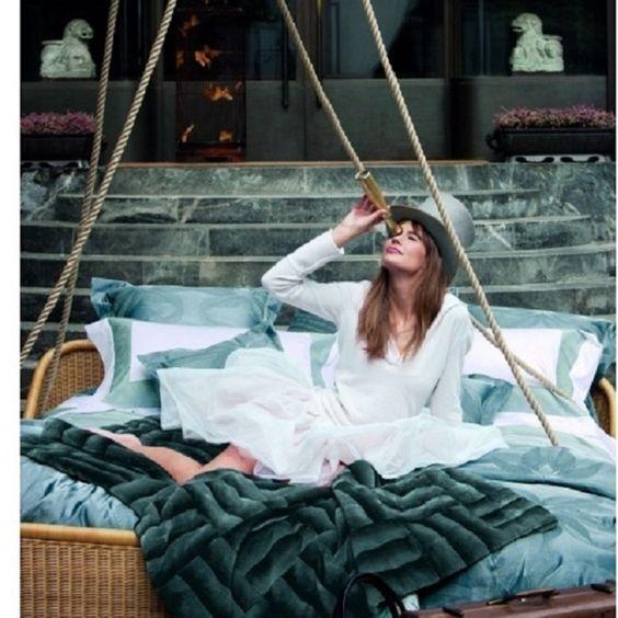 Легкость и элегантность - стиль жизни от Frette: вне времени…вне сезона… #beautiful & #stylish #italian #frette #bedlinen are perfect for #exclusive & #chic #luxuryhome #interior #дизайн #интерьер # постельное белье #kiev