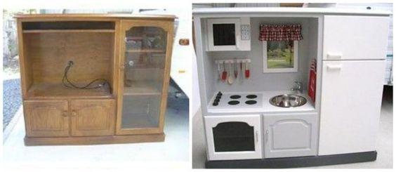 Transformez un vieux meuble télé en une cuisinière de rêve pour les enfants. | 19 projets de bricolage qui vont époustoufler vos enfants