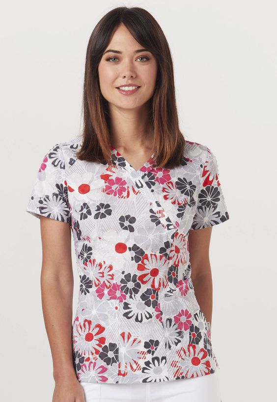 """This """"Good Ol Daises"""" contemporary Code Happy top is flattering and perfect for summer! 