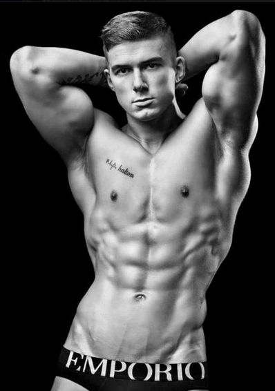 #Shirtless #6PackAbs #FitnessModel #HotBody #Muscle #Sexy
