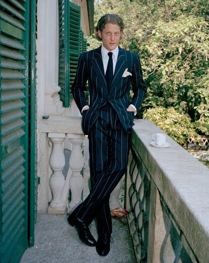 that's not your Caraceni suit we like it's you and your ultra chic mini FIAT cinquecento, a dream comes true Lapo