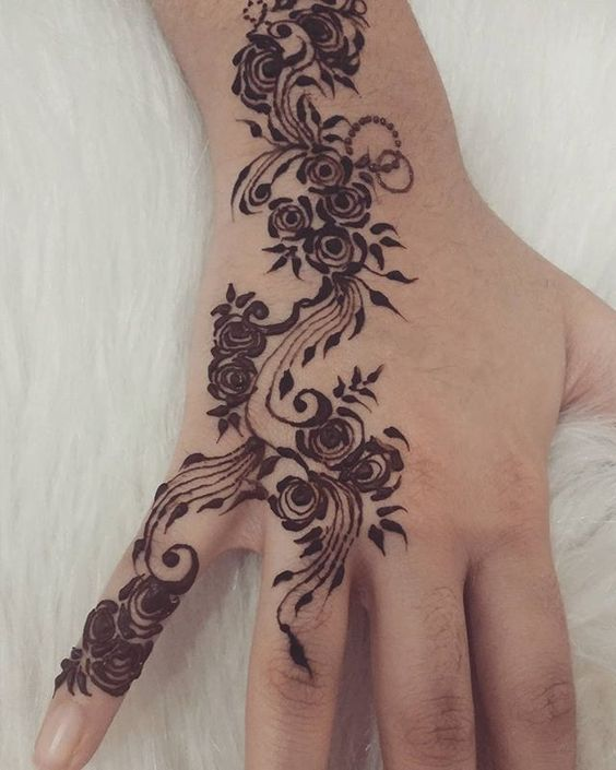 Rose Henna Tattoo Designs On Wrist Small: Henna, Rose Design And Beautiful Roses On Pinterest