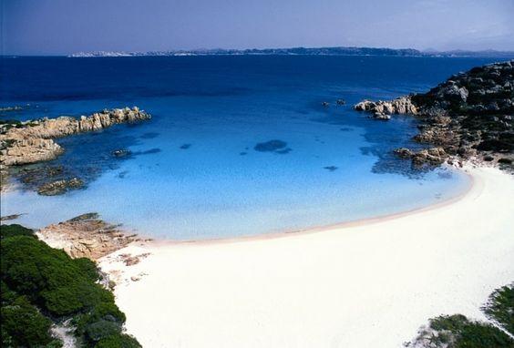 Isola di budelli pink beach sardinia favorite places for Isola arreda cagliari