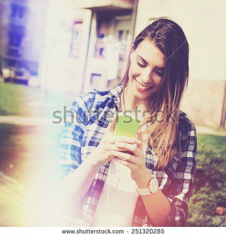 Smartphone Filter Stockfotos und -bilder | Shutterstock