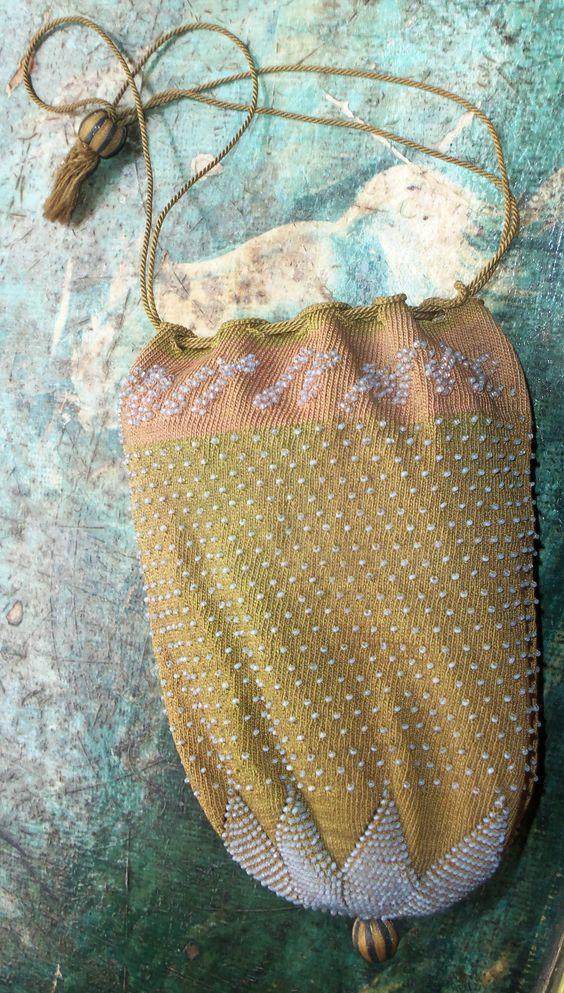 Regency knitted beaded reticule. Poppiescottage.com | 19th: regency ...