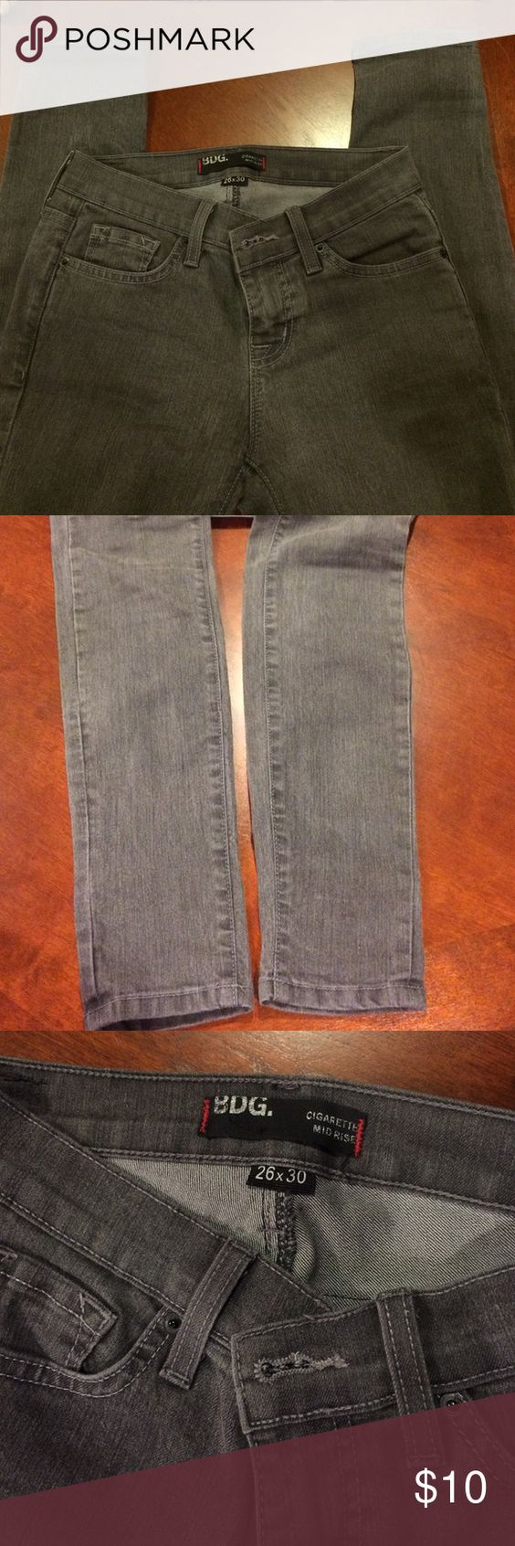 Skinny Jeans Urban Outfitters ash gray skinny jeans. Worn only once or twice, in great condition. Size 26 BDG Jeans Skinny