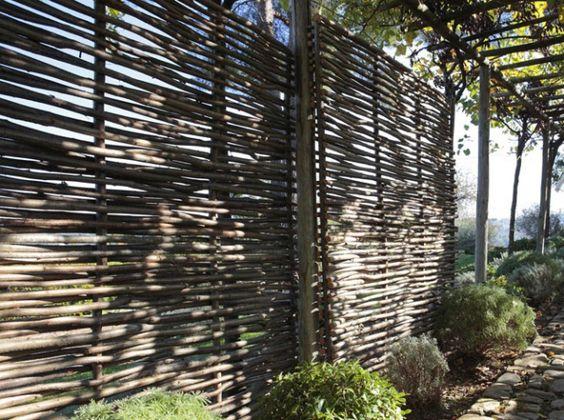 Idee cloture jardin panneau droit ajoure noisetier leroy for Panneau bois exterieur leroy merlin