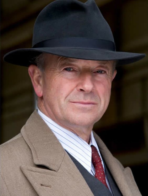 Michael Kitchen as Christopher Foyle in 'Foyles War', Season 7.:
