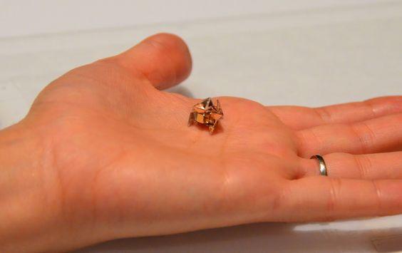Das ist mal ein kleines Wow wert, oder? Entwickelt vom MIT und der TU München. Mehr über den kleinen Kerl gibt es in diesem Artikel.