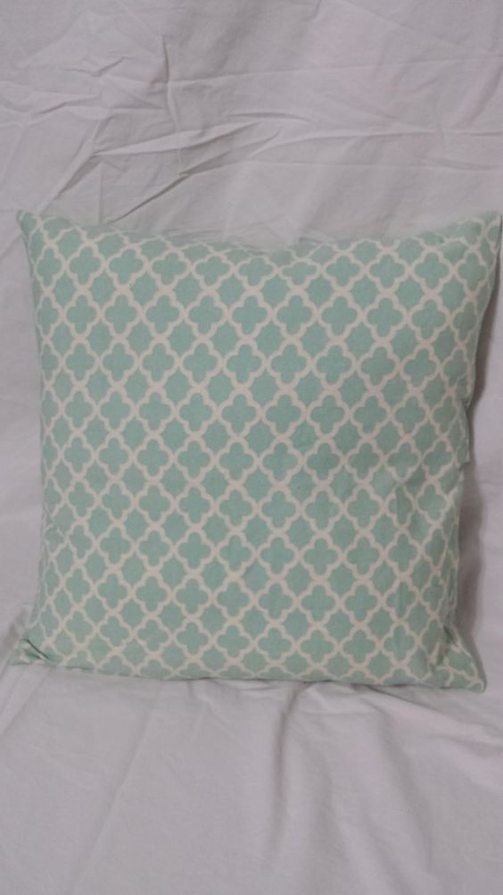 Check out this item in my Etsy shop https://www.etsy.com/listing/406277690/arabesque-pillow-cover
