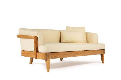 The mariposa sofa with cushion set from henry hall design for Hall furniture design sofa set