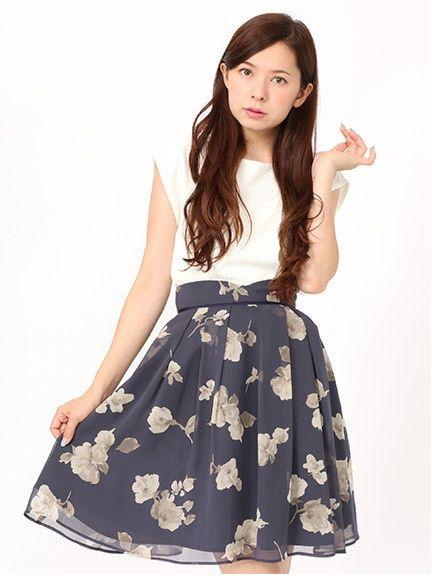 Fabulous Angela シアー花柄タックフレアスカート