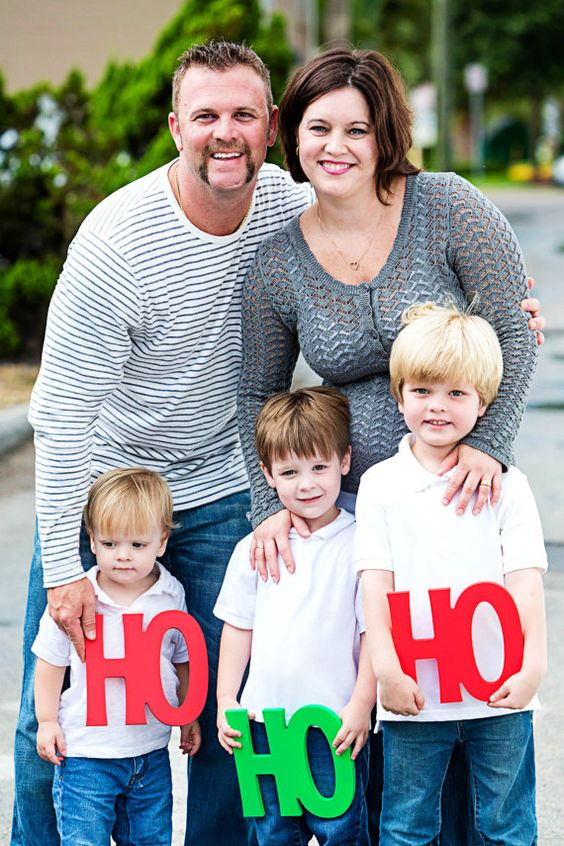 Holiday Card Ideas - Fun Photo Props! Best 2014 Christmas Card Ideas