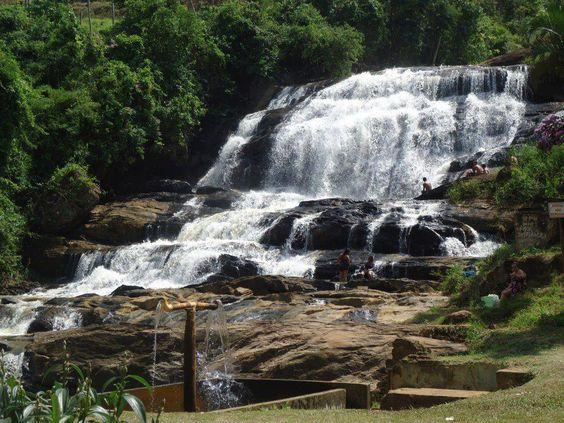 Bela cachoeira em Ervália, MG.