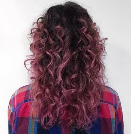 New Hair Color Highlights Pink Curls Ideas Dyed Curly Hair Ombre Curly Hair Curly Hair Styles Naturally